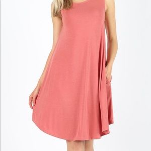 Dresses & Skirts - Sleeveless Round Hem Swing Dress
